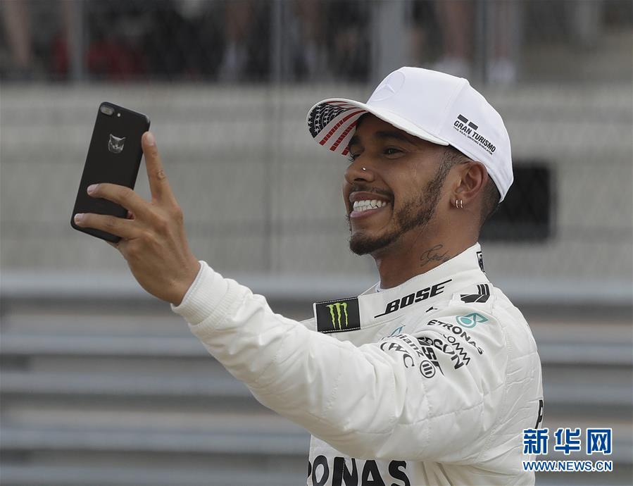 (體育)(3)賽車——F1美國大獎賽:漢密爾頓奪得桿位