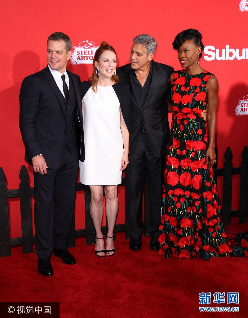 朱麗安·摩爾梳丸子頭亮相《迷鎮》首映  喬治·克魯尼摟性感嬌妻秀恩愛