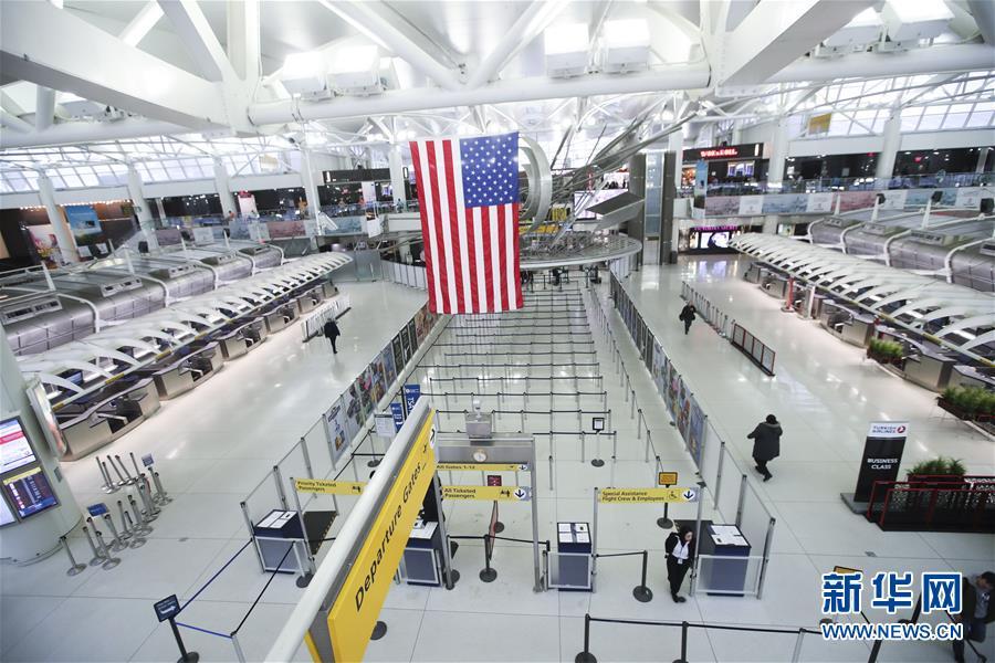 (國際)(2)暴風雪致紐約航班大面積取消