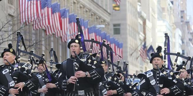 紐約舉行大遊行慶祝聖帕特裏克節