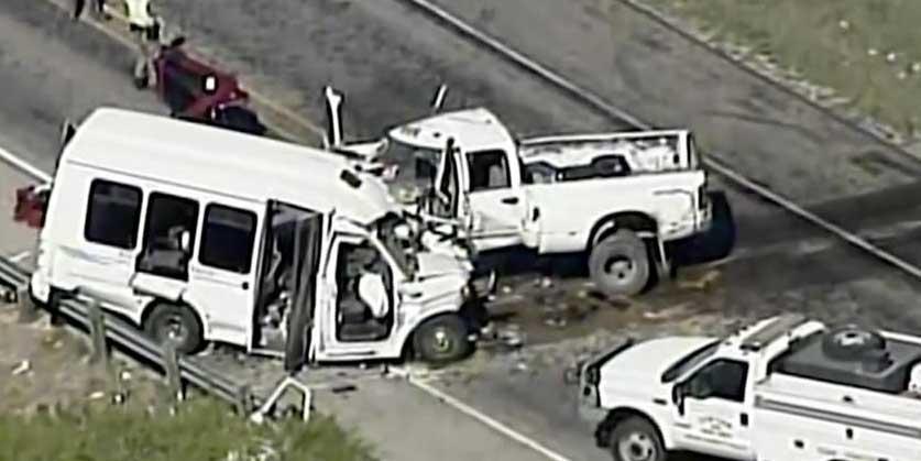 美國得州兩車相撞12人死亡