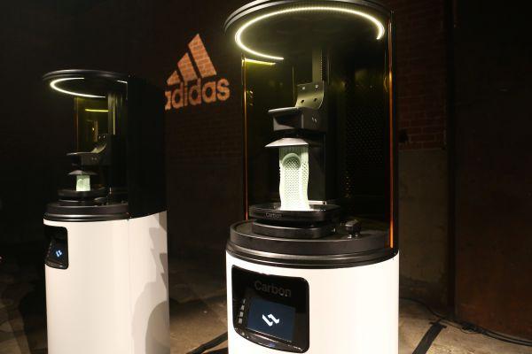 阿迪開啟3D打印鞋量産時代