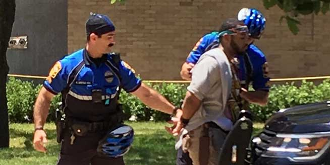 美國得州一大學校園發生持刀扎人事件