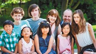 10年前被美國夫婦收養 女孩找生身父母