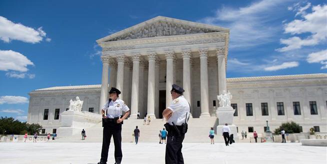 美國最高法院部分解凍特朗普政府新版移民限制令