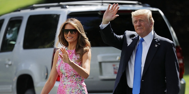 特朗普攜妻子前往俄亥俄州揚斯敦訪問