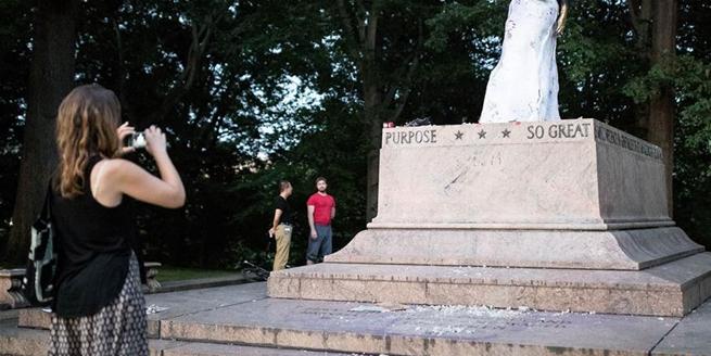 夏洛茨維爾騷亂致美國多地加速移除邦聯雕像