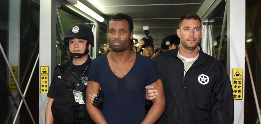 中國警方向美國遣返一名嚴重暴力犯罪紅通逃犯