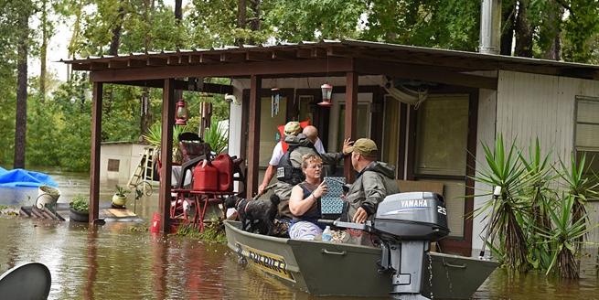 """颶風""""哈維""""致美國31死 3萬人無家可歸"""