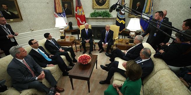 美總統特朗普會見國會領導人 討論DACA計劃