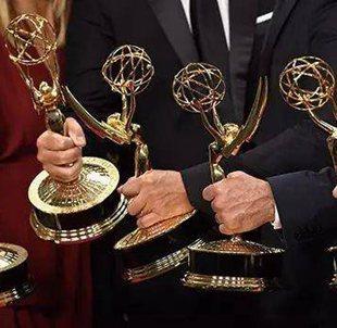 《使女的故事》和《大小謊言》成艾美獎最大贏家