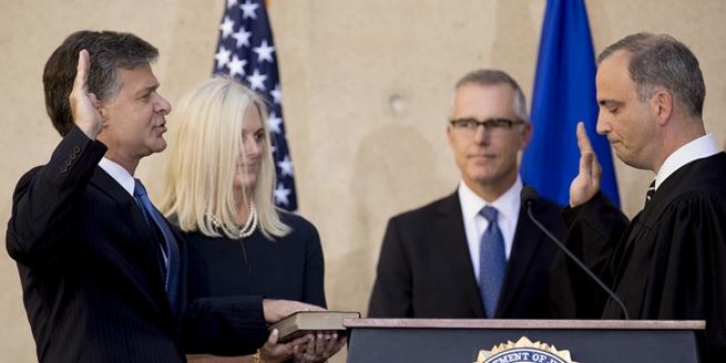 美國新任FBI局長正式就任