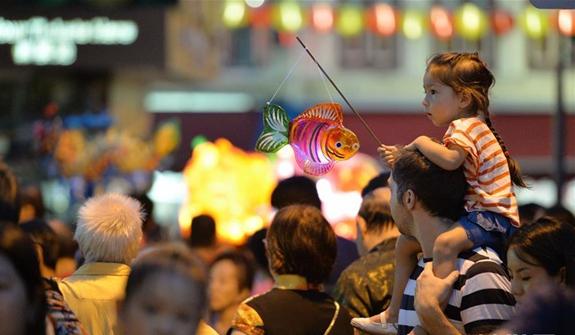 新加坡舉行慶中秋遊燈會