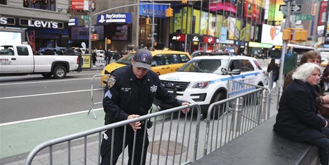 美國紐約時報廣場加強安保措施