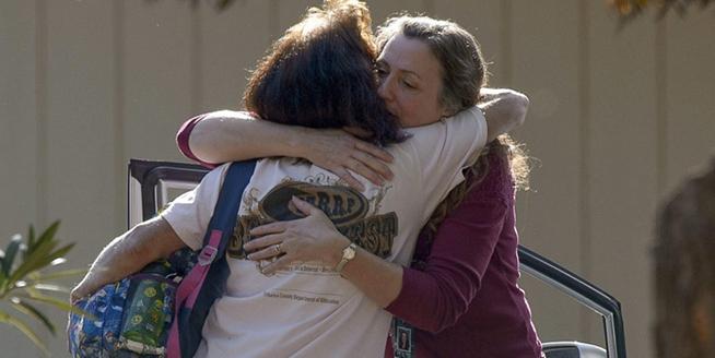 美國加州一所小學附近發生槍擊案 至少5人死亡