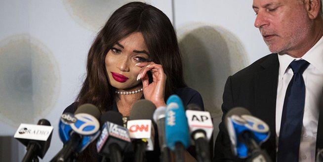"""溫斯坦再遭英國女演員起訴 因""""非法性交易"""""""