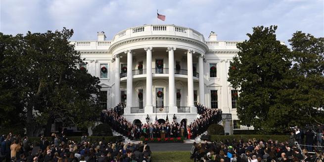 美國國會通過30年來最大規模稅改法案