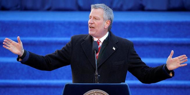 美國紐約市長白思豪宣誓就職 開始新任期