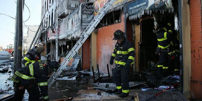 紐約一建築發生火災多人受傷