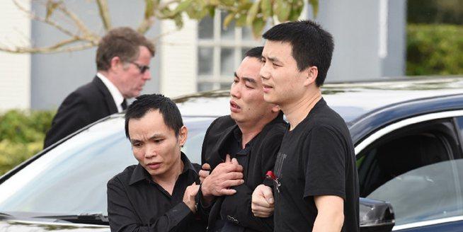 美國華裔少年舍己救人 家人出席葬禮難掩悲痛