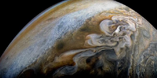 NASA公布木星南極美圖 藍色漩渦壯麗奪目