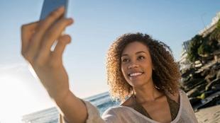 研究稱自拍照會讓鼻子顯大