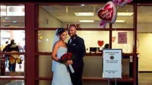 拉斯維加斯機場設婚姻登記處